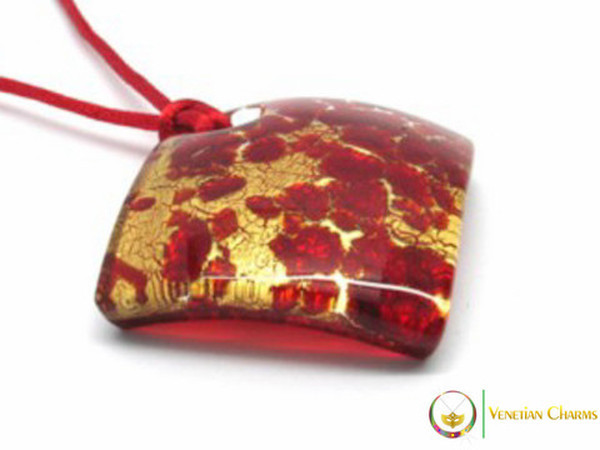 Curved Pendant 40mm - Red