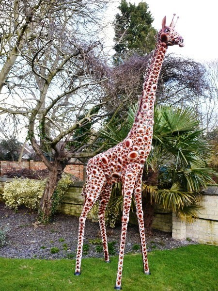 LARGE 12FT TALL STEELWORK GIRAFFE GARDEN STATUE