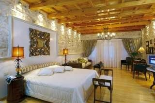 Executive WHITE Suite, Avli Lounge Apartments, Rethymnon