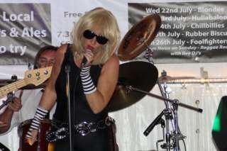 Blondee, the ultimate Blondie tribute band, kent