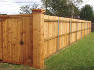 SK Services. Fencing Contractors Kings Lynn - Garden Fences, Security Chain Link and Gate Suppliers West Norfolk