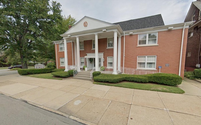 Profile Photos of Quinn Funeral Home, Inc. 728 W 9th St - Photo 9 of 13