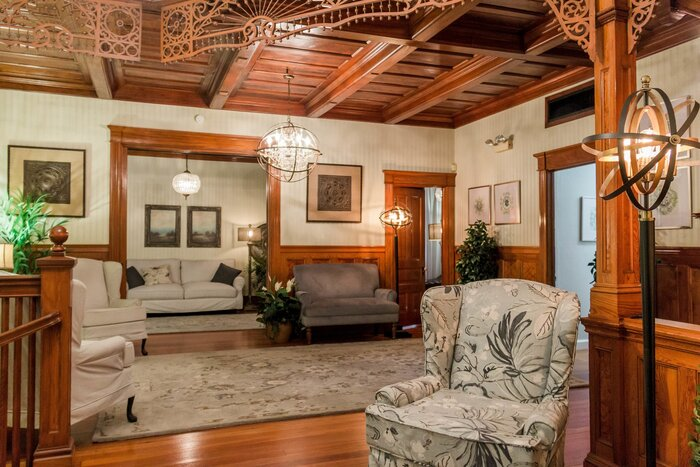 Profile Photos of Lankford Funeral Home & Crematory 220 E New York Ave - Photo 15 of 17