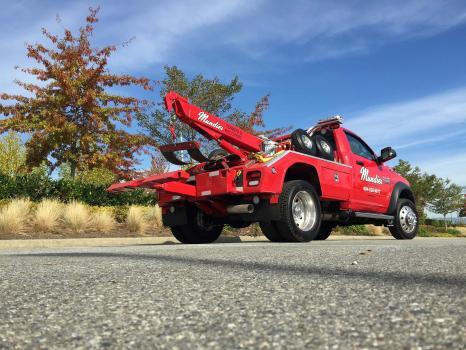 Profile Photos of Mundie's Towing & Recovery Coquitlam 923 Delestre Ave - Photo 3 of 3