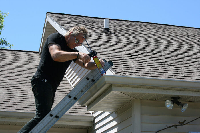 Profile Photos of Gutter Cleaning Camillus, NY 117 Munro Dr. - Photo 3 of 8