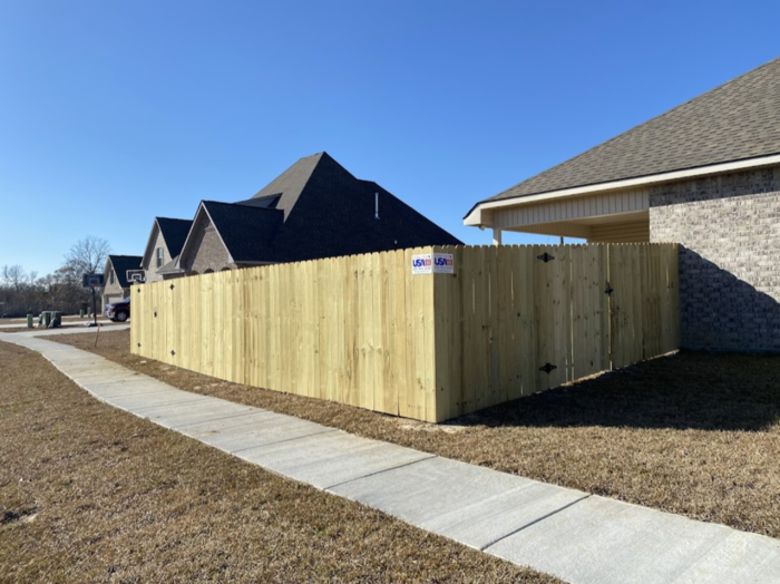 Profile Photos of Fencing USA 36403 Belle Savanne Avenue - Photo 1 of 4