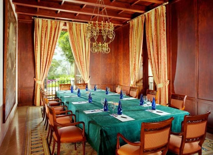 The meeting room Biblioteca is perfectly situable for small meetings in a private atmosphere. Profile Photos of Castillo Hotel Son Vida C/Raixa 2, Urbanization Son Vida - Photo 9 of 25