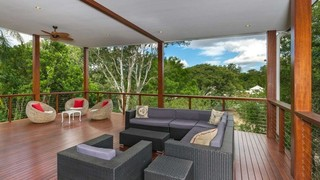Choose Deck Revive for Deck Staining in Brisbane