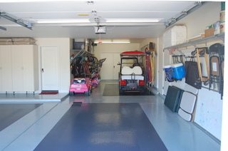 Hinding Garage Systems