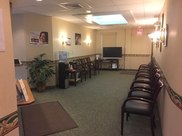 Profile Photos of A Caring Dental Group 3736 Rocky River Dr - Photo 7 of 17