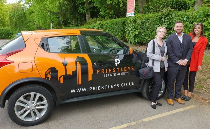 Profile Photos of Priestley's Estate & Lettings Agents Priestley House, 170 Elland Rd - Photo 1 of 3